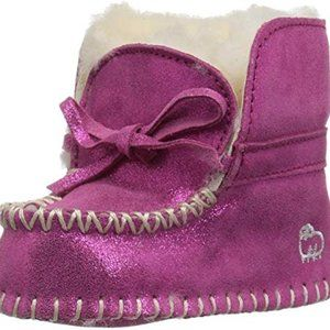 Lamo Girls' Baby Moc Booties Pink